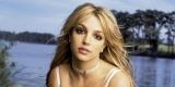 Поклонник Бритни Спирс напугал певицу во время концерта (Видео)